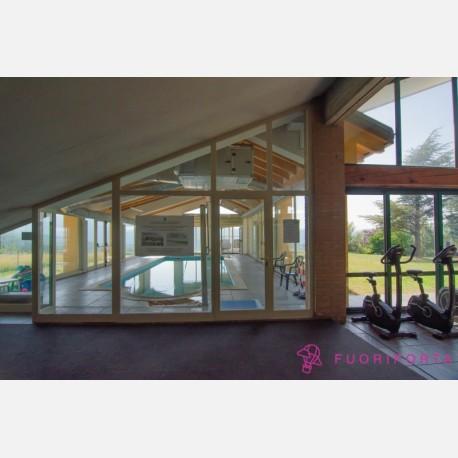 Palestra+PIscina+Idromassaggio Villa Berceto